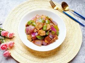 青椒洋葱炒肉片