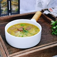 咖喱鸭血粉丝汤