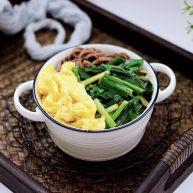 韭菜鸡蛋荞麦面