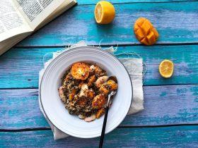 藜麦水果甜虾沙拉