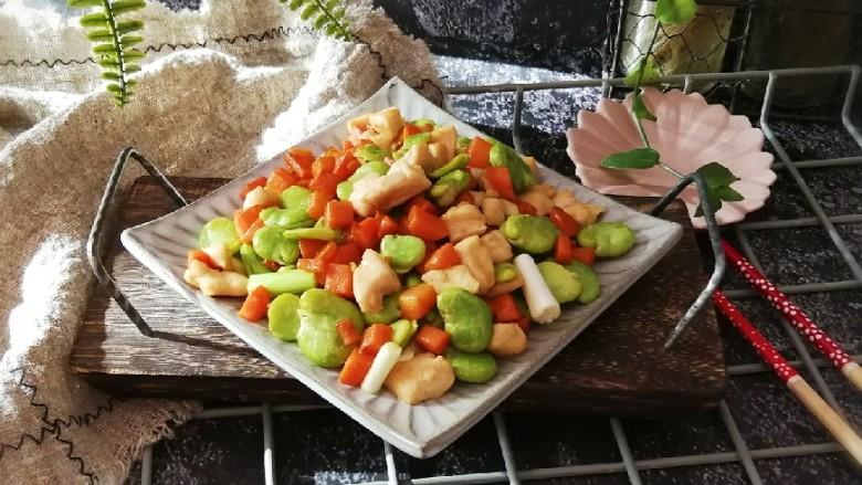 鸡丁炒蚕豆