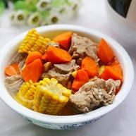 简单好喝的筒子骨玉米汤