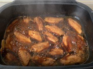 可乐鸡翅,最后大火收一下汤汁