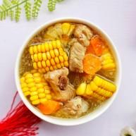 【宝宝辅食】胡萝卜玉米排骨汤