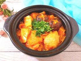 辣白菜鱼片豆腐煲
