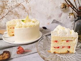 柠檬草莓蛋糕