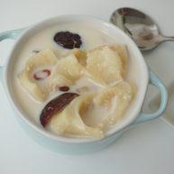 花胶(新西兰鳕鱼胶)炖牛奶