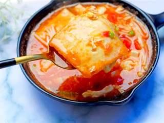 番茄金针菇豆腐汤,一碗减肥瘦身的番茄金针菇豆腐汤就做好啦