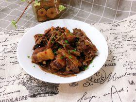 茶树菇炖翻鸭