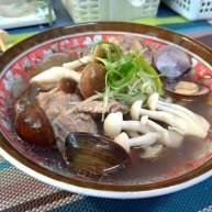 双菇蛤蜊排骨汤