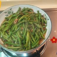长豇豆炒榨菜