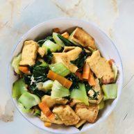 上海青炒豆腐