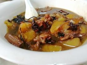 土豆卤五花肉