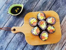 零难度,教你做好吃又好看的寿司卷。