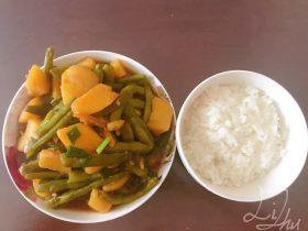 东北菜豆角炖土豆