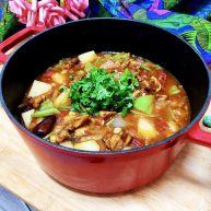 营养美味一锅炖➕番茄洋葱土豆烧鸡腿