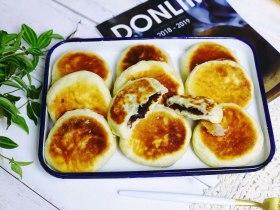 发面豆沙油酥饼