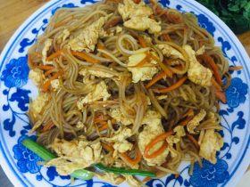 虾油蛋炒粉