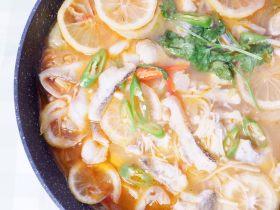 柠檬酸汤鲈鱼