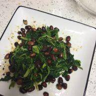花生米拌芹菜叶