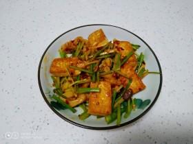 酱炒豆腐、素肠、小西芹
