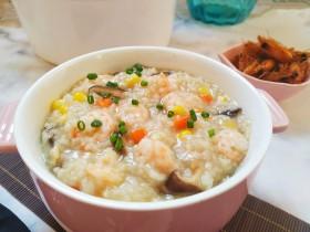 鲜美好吃的什锦鲜虾粥