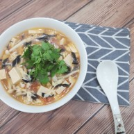 菌菇豆腐湯