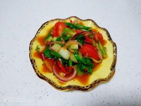 尖椒炒西红柿、小白菜