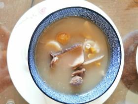 栗子薏仁猪肚汤(补肾暖胃)