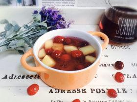蔓越莓苹果桃胶糖水+冬日暖心菜