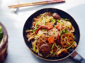 美味简单的五花肉麻辣香锅