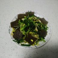 皮扎炒黄豆芽、上海青