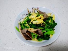 上海青炒平菇、鸡蛋