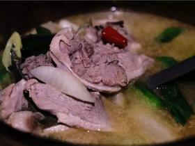 酸萝卜鸭子汤