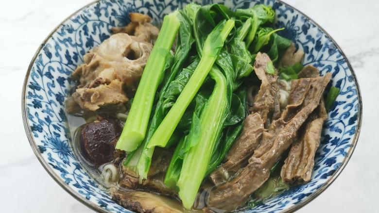 冬至美食~当归生姜羊肉汤
