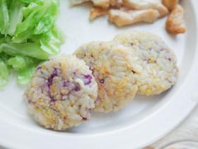 12个月以上辅食紫薯奶酪谷物米饼