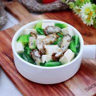海蛎子豆腐青菜汤