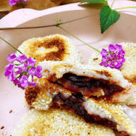 玫瑰豆沙糯米饼
