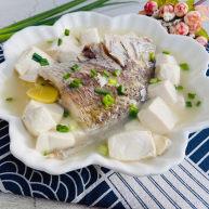 豆腐鱼头汤.