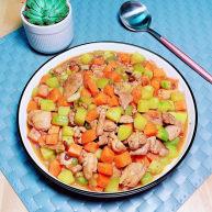 黄瓜炒胡萝卜