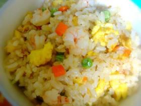 虾仁鲜贝蛋炒饭