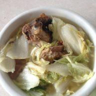 川味.猪脚炖白菜