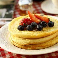誘人的美式早餐-----藍莓松餅