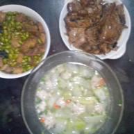 红烧毛豆、手工肉丸冬瓜汤、老姜焖鸭