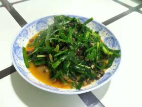 韭菜炒螺肉