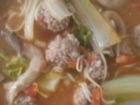 猪肉丸子汤面条
