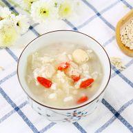 银耳莲子燕麦粥