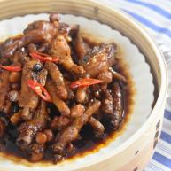 茶餐厅的厨师是怎么做豆豉凤爪的?