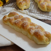 淡奶油辫子面包