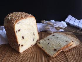 面包机版果干燕麦吐司